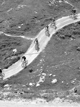 mountainbiking luftaufnahme